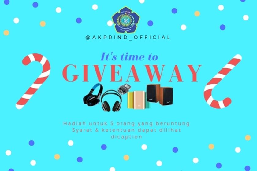 Giveaway Wisuda IST AKPRIND Yogyakarta